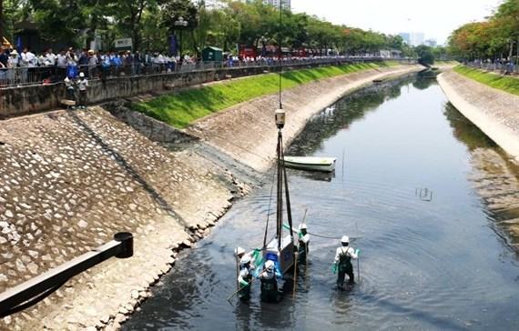 Xử lý sông Tô Lịch: Sao cứ