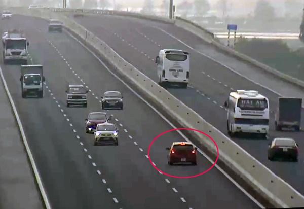 Xử lý nghiêm hành vi đi ngược chiều trên cao tốc (11/7/2019)