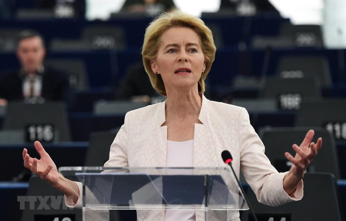 Nữ chủ tịch đầu tiên của Ủy ban châu Âu và thách thức cho thời kỳ mới của khối (18/7/2019)