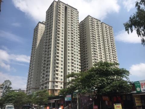 Trách nhiệm và lỗ hổng pháp lý từ vụ Hà Nội thu hồi sổ đỏ của cư dân ở các khu chung cư sai phép (29/7/2019)