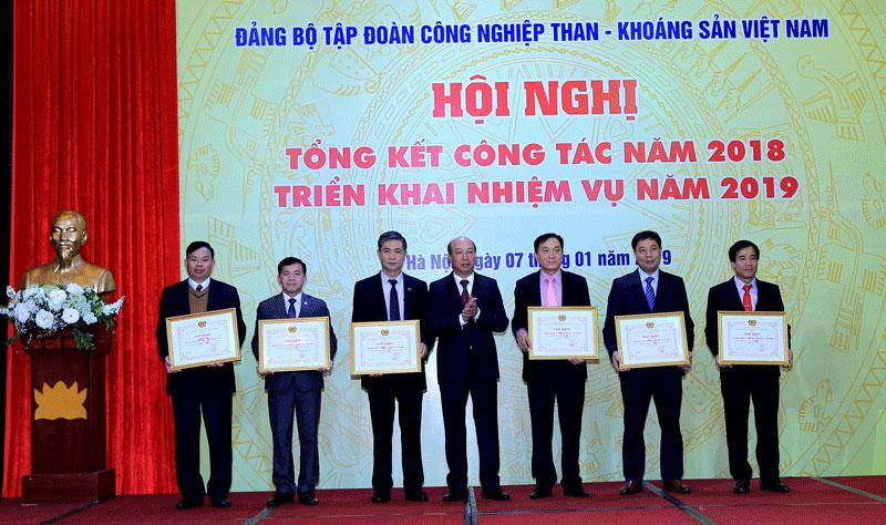 Vai trò lãnh đạo của các cấp ủy Đảng trong Đề án tái cơ cấu Tập đoàn Công nghiệp Than và Khoáng sản (30/7/2019)