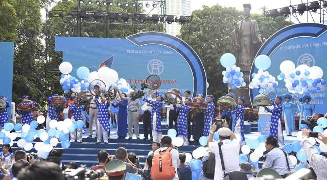 """THỜI SỰ 18H CHIỀU 13/7/2019: Hà Nội mít tinh kỷ niệm 20 năm được Tổ chức Giáo dục, Khoa học và Văn hóa của Liên hợp quốc (UNESCO) trao tặng danh hiệu """"Thành phố vì hòa bình""""."""