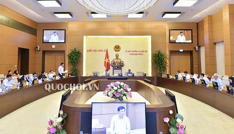 Sáp nhập văn phòng Ủy ban nhân dân, Hội đồng nhân dân, Đoàn Đại biểu Quốc hội: Làm sao để vẹn cả đôi đường? (18/7/2019)