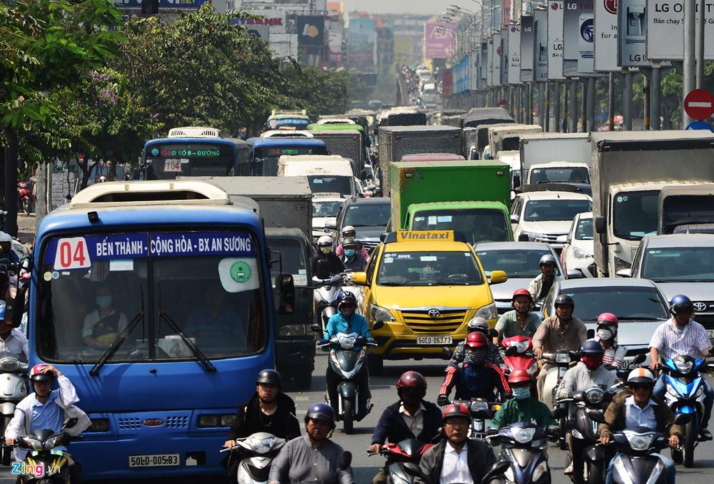 Vành đai thu phí có giải quyết gốc rễ tình trạng kẹt xe của thành phố Hồ Chí Minh? (19/7/2019)