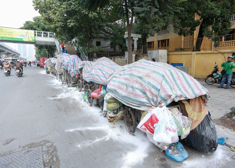 Vì sao người dân liên tục chặn xe chở rác vào bãi rác? (10/7/2019)