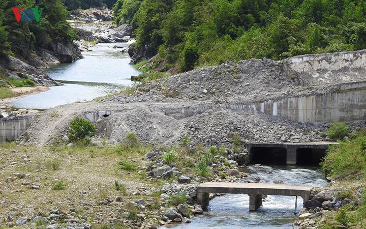 Hệ lụy sau phong trào làm thủy điện ở huyện nghèo Đăk Glei tỉnh Kon Tum (26/7/2019)