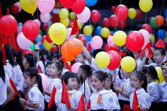 Những cơ hội và thách thức khi Việt Nam chạm mốc 96 triệu dân và là nước đông dân thứ 15 trên thế giới và thứ 3 Đông Nam Á (16/7/2019)
