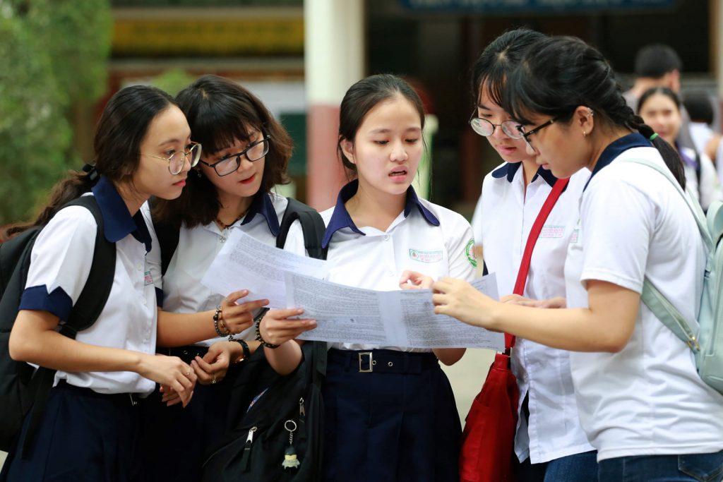 Tuyển sinh Đại học năm 2019: Băn khoăn, lo lắng với hình thức xét tuyển từ kết quả học bạ (30/7/2019)