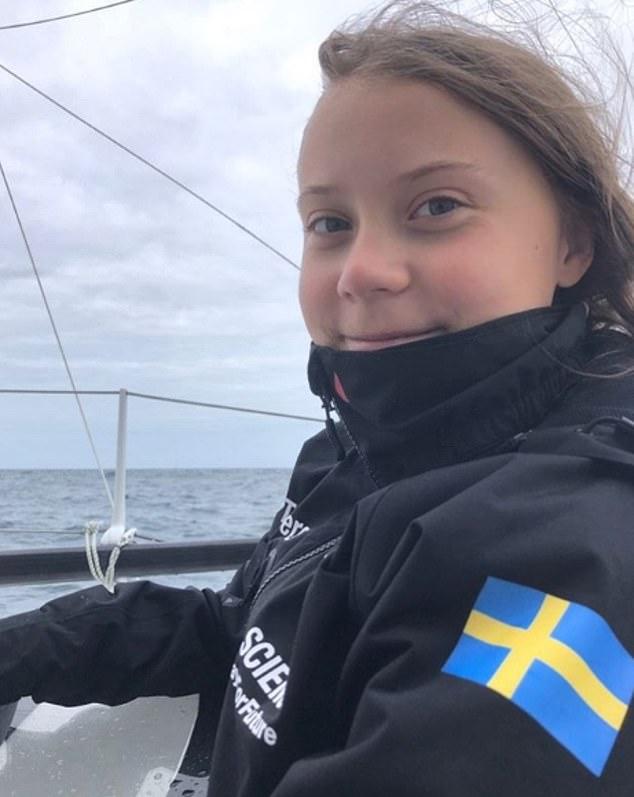 Nhà hoạt động môi trường nhỏ tuổi người Thụy Điển vượt Đại Tây Dương trên một du thuyền bằng năng lượng mặt trời, tới Mỹ để kêu gọi cộng đồng quốc tế hành động khẩn cấp bảo vệ môi trường (29/8/2019)