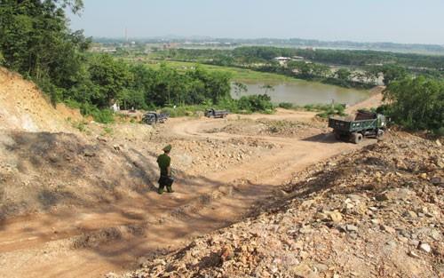 Bắc Giang: Khai thác đất san lấp mặt bằng – Kiểm soát chặt chẽ, xử lý mạnh tay (14/8/2019)