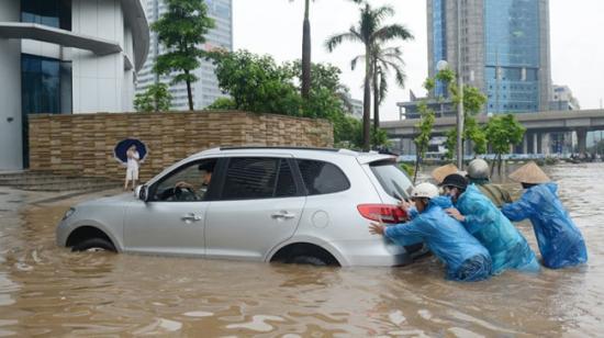 Kinh nghiệm xử lý khi xe bị ngập nước (5/8/2019)