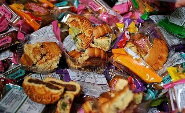 Lạng Sơn: Thu giữ gần 1.200 bánh ngọt nhân trứng và bánh dẻo nhập lậu từ Trung Quốc (8/8/2019)