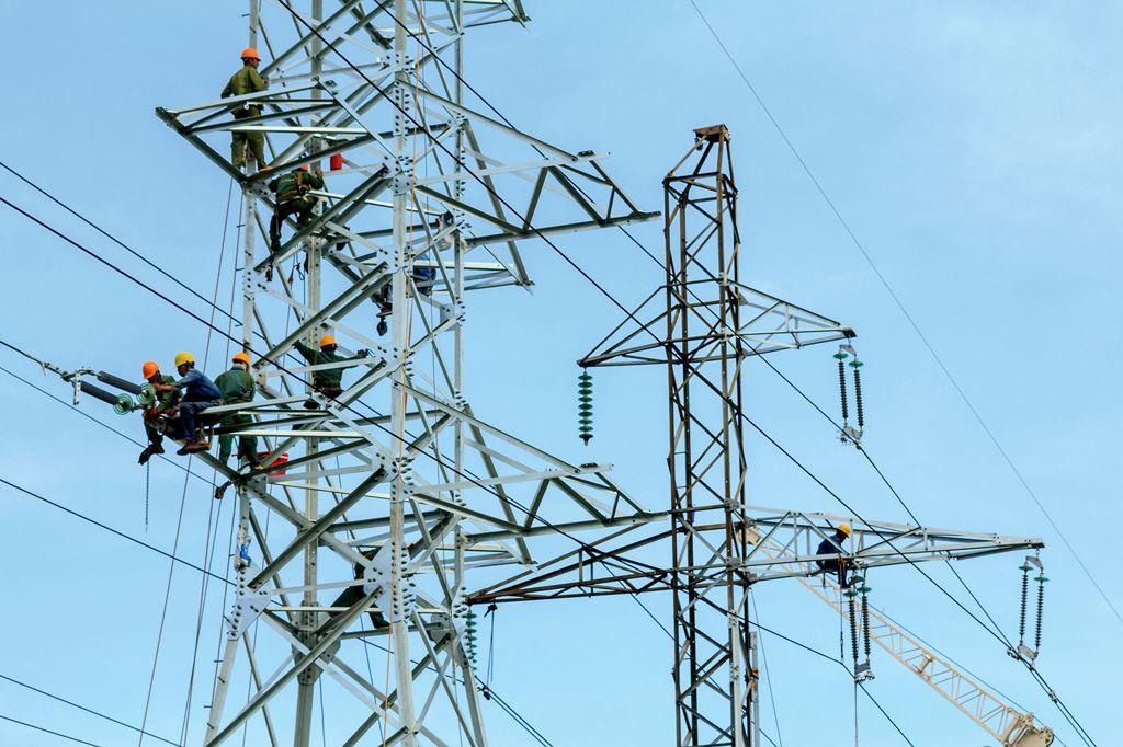 Quá tải lưới truyền tải điện do đâu? Liệu có nên xã hội hóa việc đầu tư xây dựng lưới truyền tải điện – Góc nhìn của người trong cuộc (30/8/2019)
