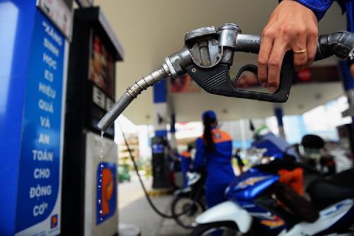 Gian lận xăng dầu có xu hướng tăng và phức tạp (13/8/2019)