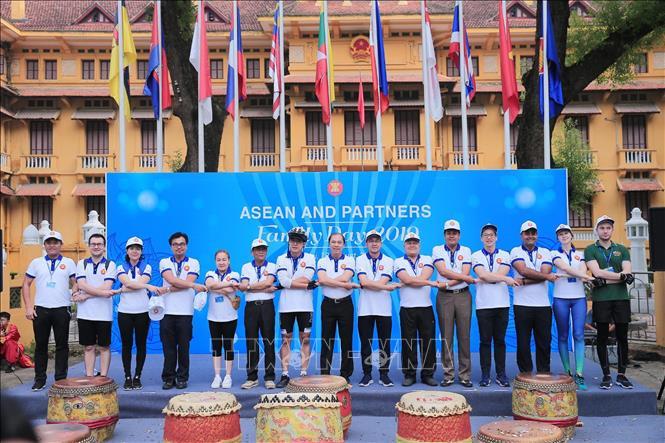 THỜI SỰ 12H TRƯA NGÀY 18/8/2019: Bộ Ngoại giao tổ chức Ngày Gia đình ASEAN, nhân kỷ niệm 52 năm thành lập ASEAN.