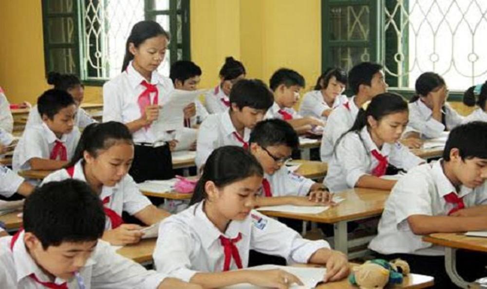 THỜI SỰ 21H30 ĐÊM 1/9/2019: Thành phố Hà Nội quyết tâm ngăn chặn hiện tượng lạm thu đầu năm học bằng việc tăng trách nhiệm, tăng chế tài để xử lý nghiêm các trường sai phạm