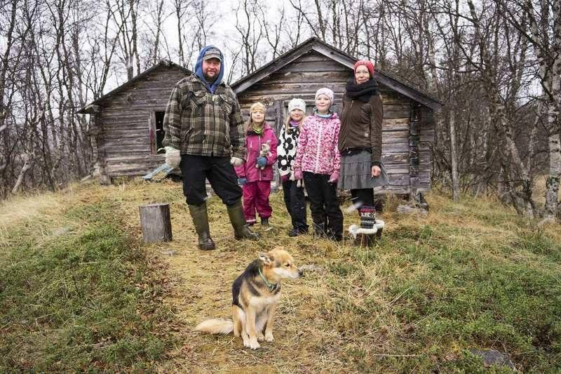 Một gia đình ở Phần Lan chuyển vào rừng sinh sống để bảo vệ môi trường (17/9/2019)