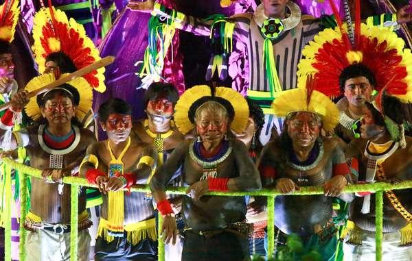 Tù trưởng Raoni Metuktire của bộ tộc Kayapó, Brazil được đề xuất giải Nobel Hòa Bình năm 2020 (19/9/2019).