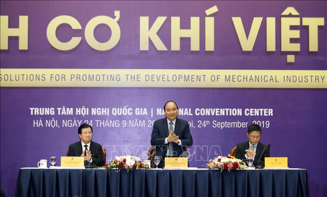 THỜI SỰ 12H TRƯA 24/9/2019: Thủ tướng Nguyễn Xuân Phúc chủ trì Hội nghị về phát triển công nghiệp cơ khí.