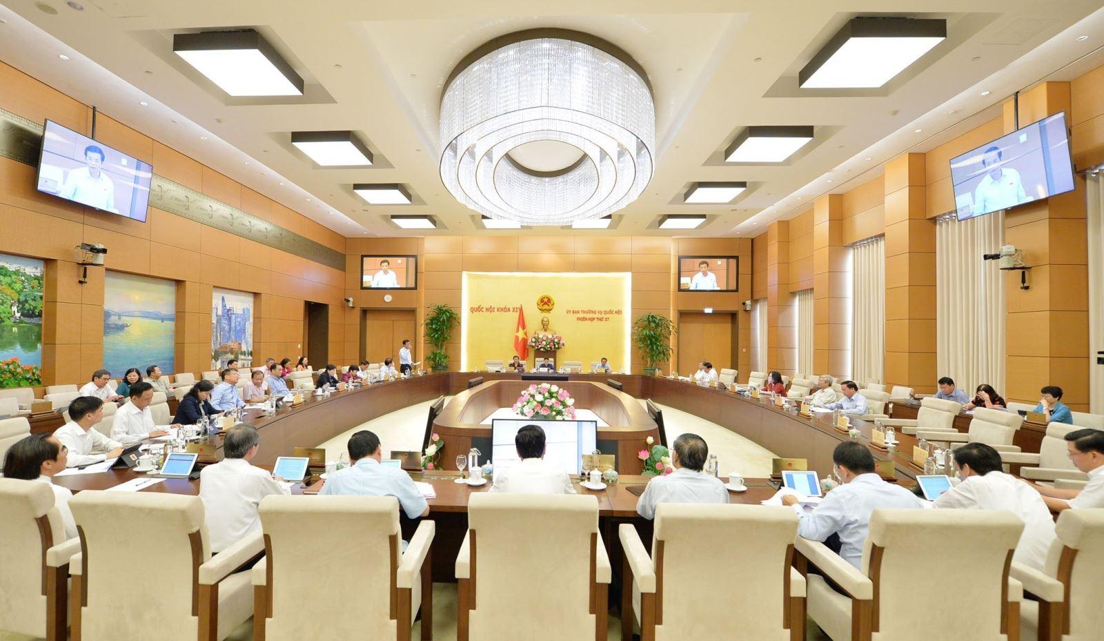 THỜI SỰ 12H TRƯA 20/9/2019: Quốc hội cho ý kiến về việc giải trình, tiếp thu, chỉnh lý dự án Bộ luật Lao động (sửa đổi).