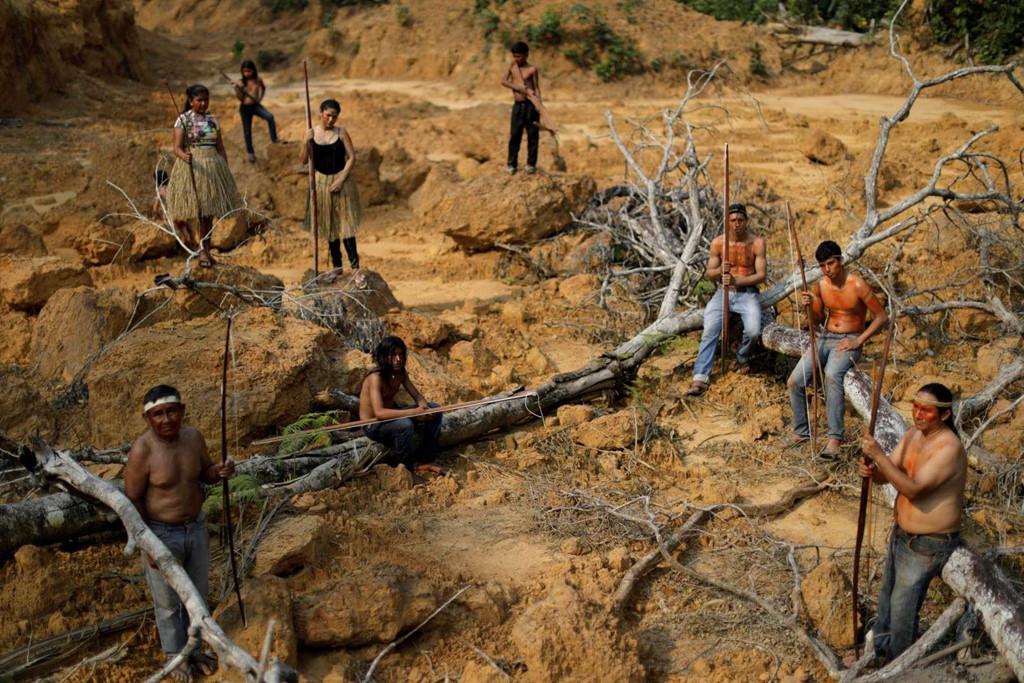 Thổ dân quyết bảo vệ rừng Amazon