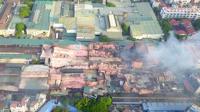 THỜI SỰ 21H30 ĐÊM 9/9/2019: Thủ tướng yêu cầu bảo đảm an toàn cho người dân khu vực bị ảnh hưởng do sự cố vụ cháy tại Công ty cổ phần bóng đèn phích nước Rạng Đông.