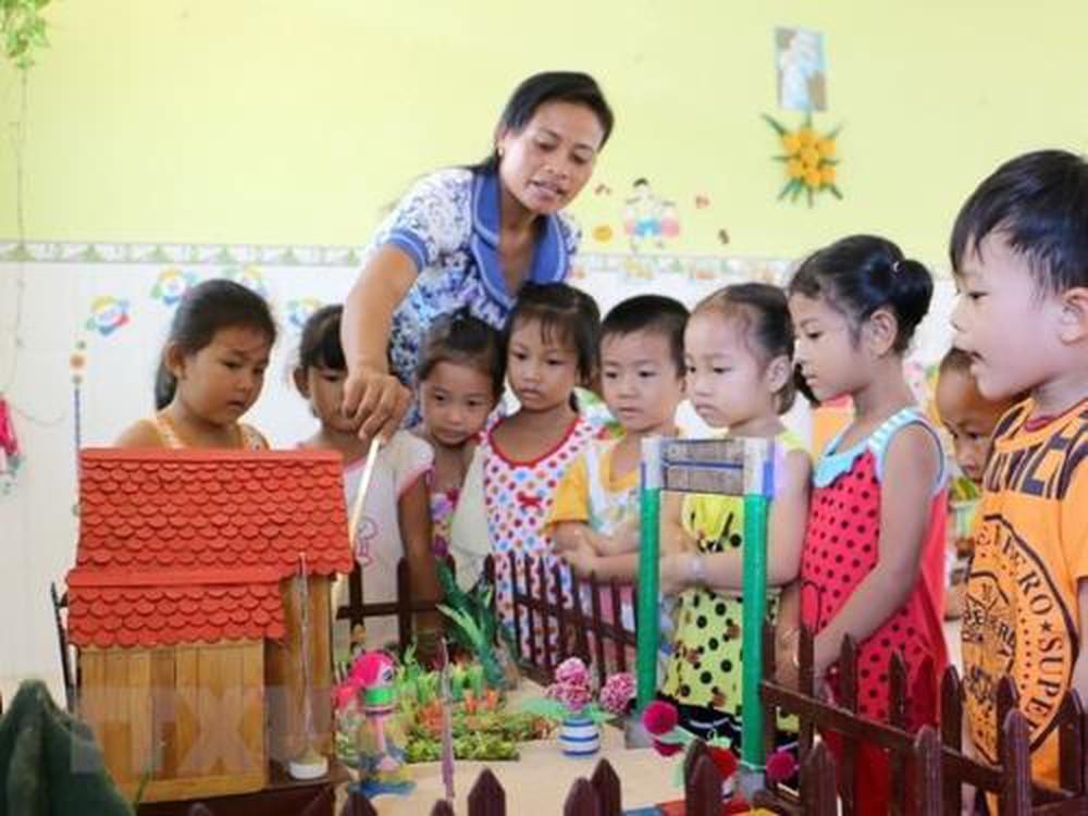 Thiếu giáo viên, nhiều học sinh chưa thể đến trường (20/9/2019)