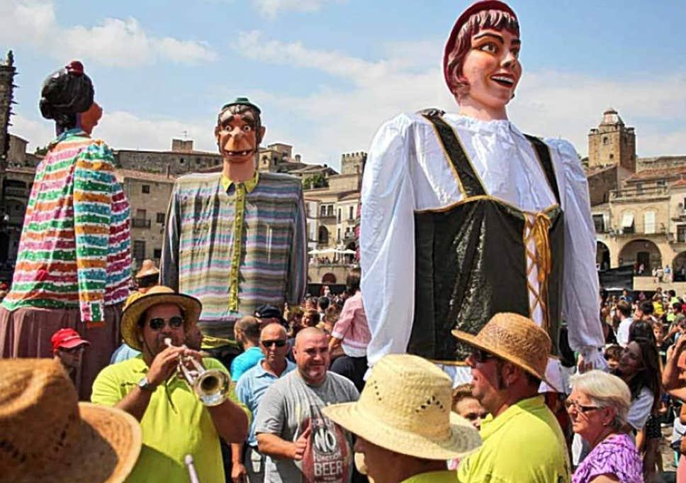 Những trải nghiệm thú vị về về văn hóa tại Lễ hội ở thị trấn nhỏ Las Nieves, Tây Ban Nha (15/9/2019)