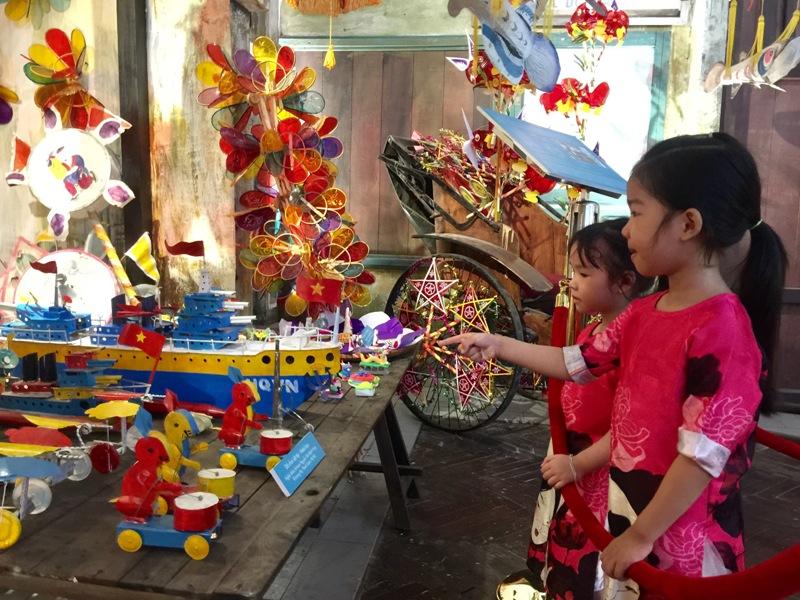 """Rộn ràng vui Tết Trung thu tại Hoàng Thành Thăng Long với chủ đề """"Trống hội trăng thu"""".(11/9/2019)"""
