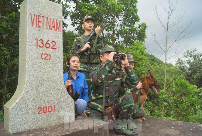 Tình cảm của các chiến sĩ miền biên giới với Đài Tiếng nói Việt Nam (7/9/2019)