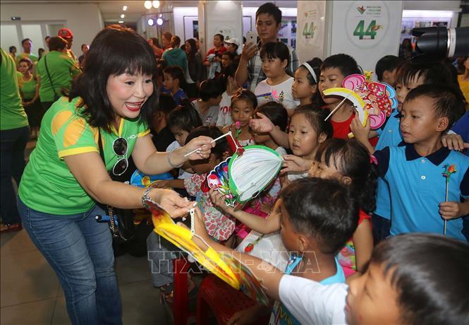 THỜI SỰ 6H SÁNG 12/9/2019: Nhiều hoạt động ý nghĩa dành cho thiếu nhi, trẻ em có hoàn cảnh khó khăn dịp Tết Trung thu.