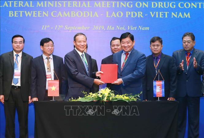 THỜI SỰ 12H TRƯA 12/9/2019: Hội nghị ba bên cấp Bộ trưởng giữa Việt Nam-Campuchia-Lào ra tuyên bố chung và ký biên bản hợp tác về kiểm soát ma túy.