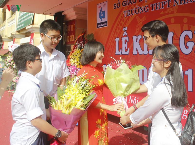 Hà Nội: Nhiều chương trình ý nghĩa cho học sinh đầu cấp làm quen trường mới (5/9/2019)