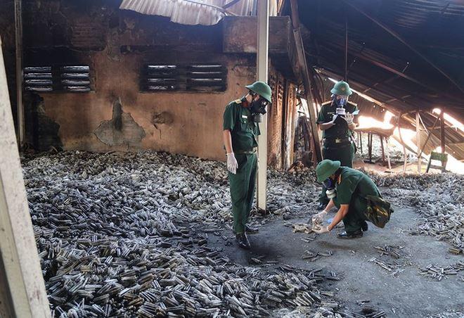 THỜI SỰ 12H TRƯA 9/9/2019: Ủy ban Quốc gia ứng phó sự cố thiên tai và tìm kiếm cứu nạn đề nghị Hà Nội nhanh chóng xử lý môi trường sau cháy tại Công ty Rạng Đông và có báo cáo trước 16 giờ hôm nay.