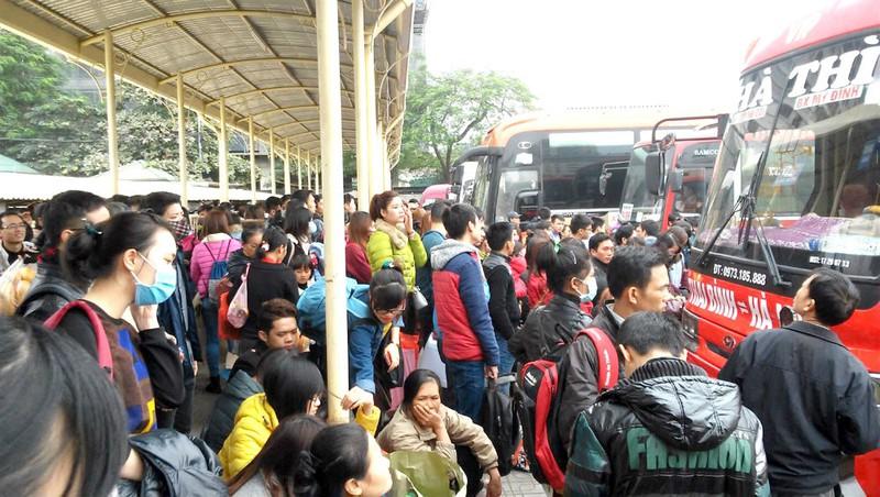 THỜI SỰ 12H TRƯA 20/1/2020: Càng gần Tết Nguyên đán, tình trạng xe khách vi phạm chở quá số người càng gia tăng.