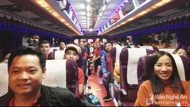 Ấm áp những chuyến xe miễn phí đưa công nhân về quê đón tết (23/1/2020)