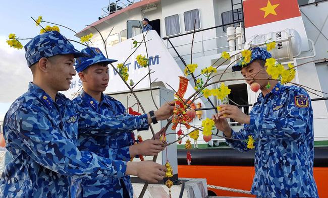 Đón Tết trên biển tại tàu cảnh sát biển 9004 (17/1/2020)
