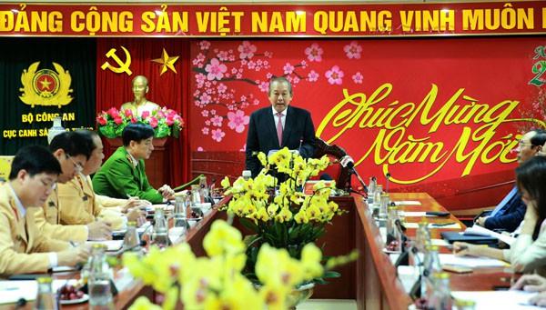 THỜI SỰ 21H30 ĐÊM 18/1/2020: Phó Thủ tướng Trương Hòa Bình yêu cầu lực lượng Cảnh sát giao thông tổ chức tốt hơn nữa tuần tra, kiểm soát, xử lý vi phạm về trật tự, an toàn giao thông.