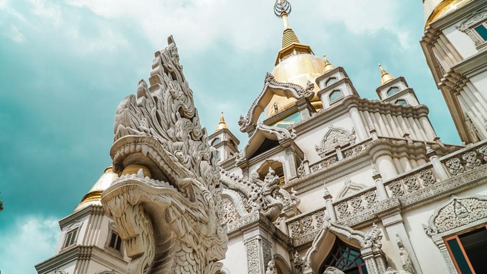 Chùa Bửu Long (TP.HCM) được trang du lịch nổi tiếng thế giới National Geographic bình chọn là 1 trong 10 ngôi chùa đẹp nhất thế giới. (4/1/2020)