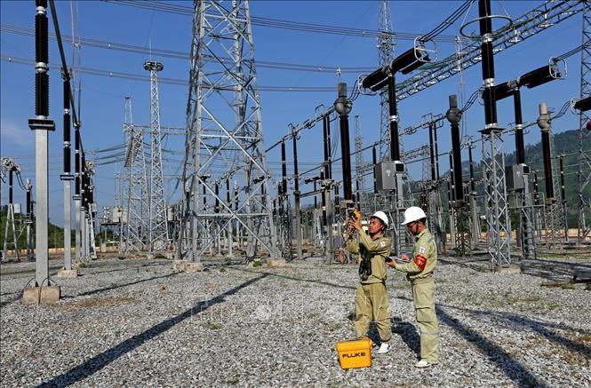 Tổng Công ty Truyền tải điện Quốc gia: Đảm bảo cấp điện năm 2020 (13/1/2020)