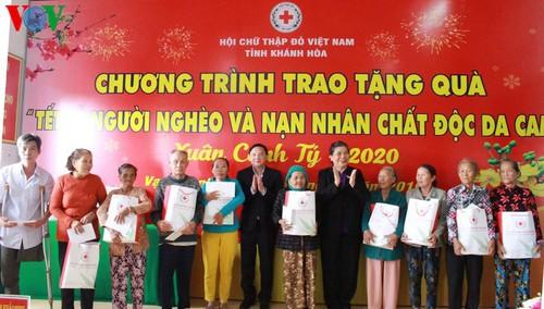 THỜI SỰ 18H CHIỀU 5/1/2020: Lãnh đạo Đảng, Nhà nước thăm và tặng quà Tết gia đình chính sách, người nghèo và công nhân lao động.