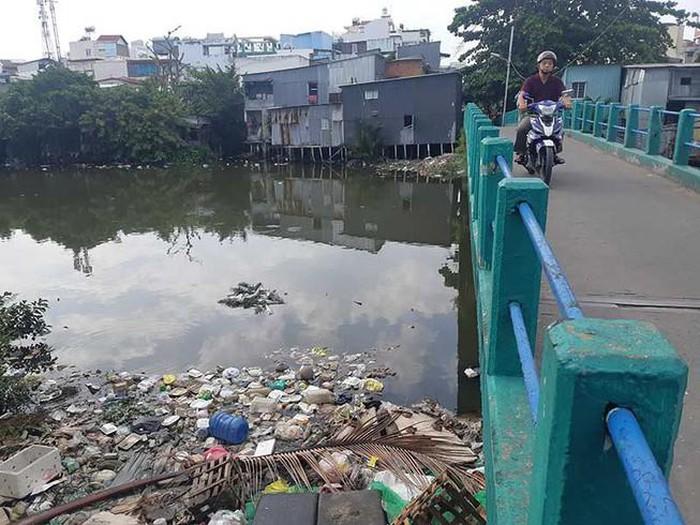 Nhiều điểm đen ô nhiễm vì rác thải tại thành phố Hồ Chí Minh dần được xóa bỏ (3/1/2020)