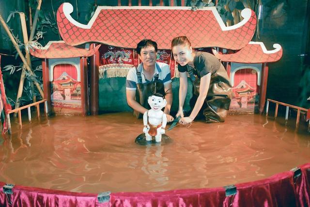 Nghệ nhân độc diễn rối nước Phan Thanh Liêm và câu chuyện tiếp cận gần hơn với khán giả trẻ (9/1/2020)