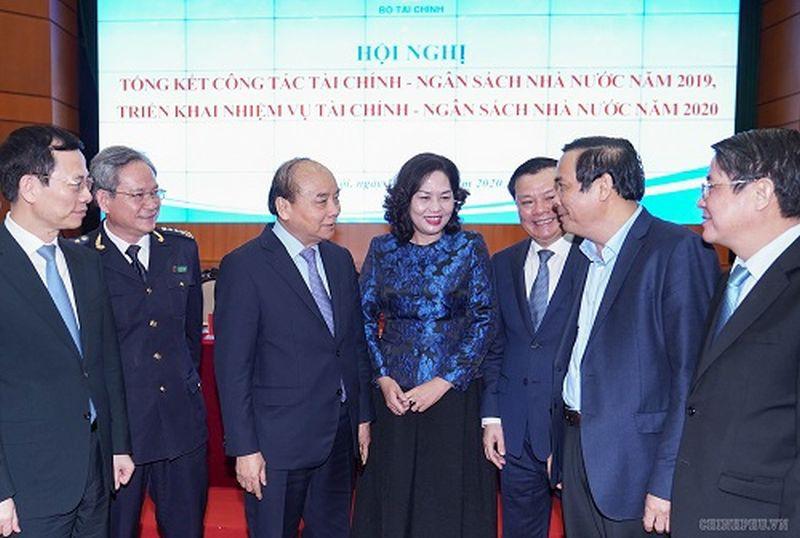 THỜI SỰ 18H CHIỀU 10/1/2020: Thủ tướng Nguyễn Xuân Phúc yêu cầu Bộ Tài chính phối hợp chặt chẽ với Bộ Kế hoạch và Đầu tư tăng cường giám sát, đẩy mạnh giải ngân vốn đầu tư công ngay từ đầu năm.