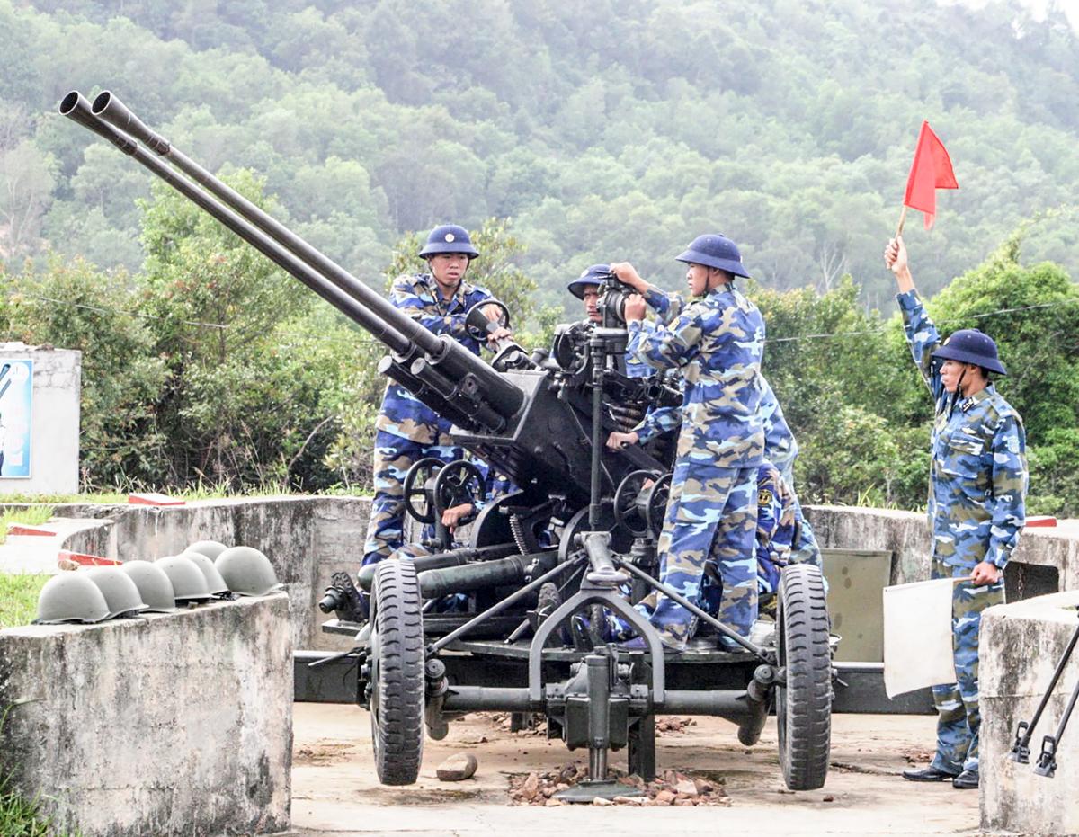 Lực lượng Hải quân nhân dân vững vàng nơi biển đảo Tây Nam của Tổ quốc (6/1/2020)