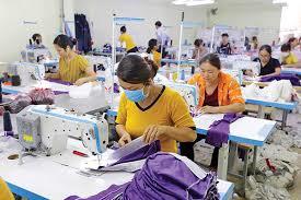 THỜI SỰ 6H SÁNG 24/10/2020: Với các điểm mới trong Nghị quyết 154 của Chính phủ, điều kiện và thủ tục để người sử dụng lao động vay vốn trả lương cho người lao động thông thoáng và đơn giản hơn nhiều so với Nghị quyết số 42.
