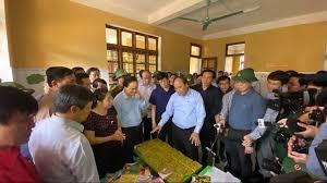 THỜI SỰ 12H TRƯA 24/10/2020: Thủ tướng Nguyễn Xuân Phúc làm việc với lãnh đạo các tỉnh miền Trung về khắc phục hậu quả mưa lũ và tìm kiếm, cứu nạn.