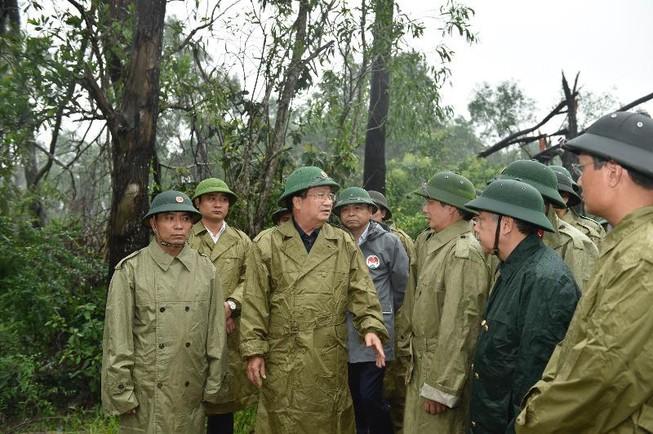 THỜI SỰ 6H SÁNG 14/10/2020: Phó Thủ tướng Trịnh Đình Dũng yêu cầu tập trung mọi nguồn lực chuẩn bị ứng phó với bão số 7.