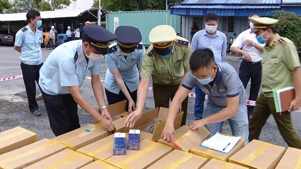 Hải Phòng: bắt lô thuốc lá giả nhập lậu trị giá 30 tỷ đồng (1/10/2020)