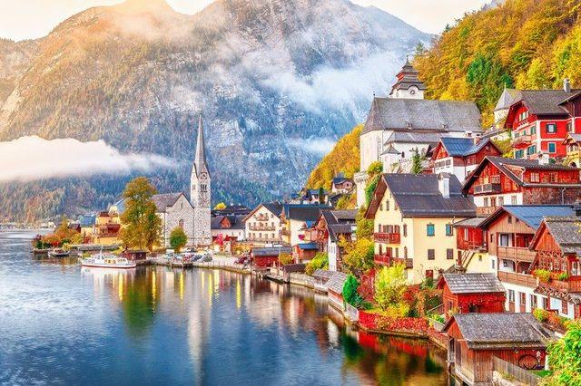 Bí ẩn ở ngôi làng đẹp nhất thế giới tại nước Áo (8/2/2020)